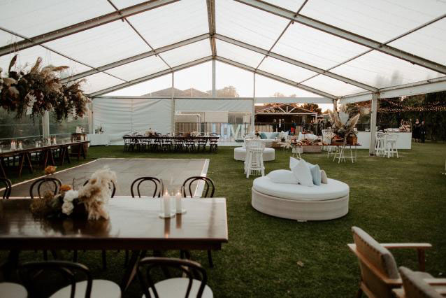 15m-Marquee-With-Clear-Roof-05