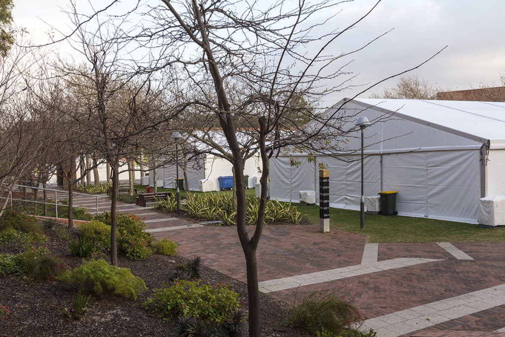 15m-Marquees-Curtin-02