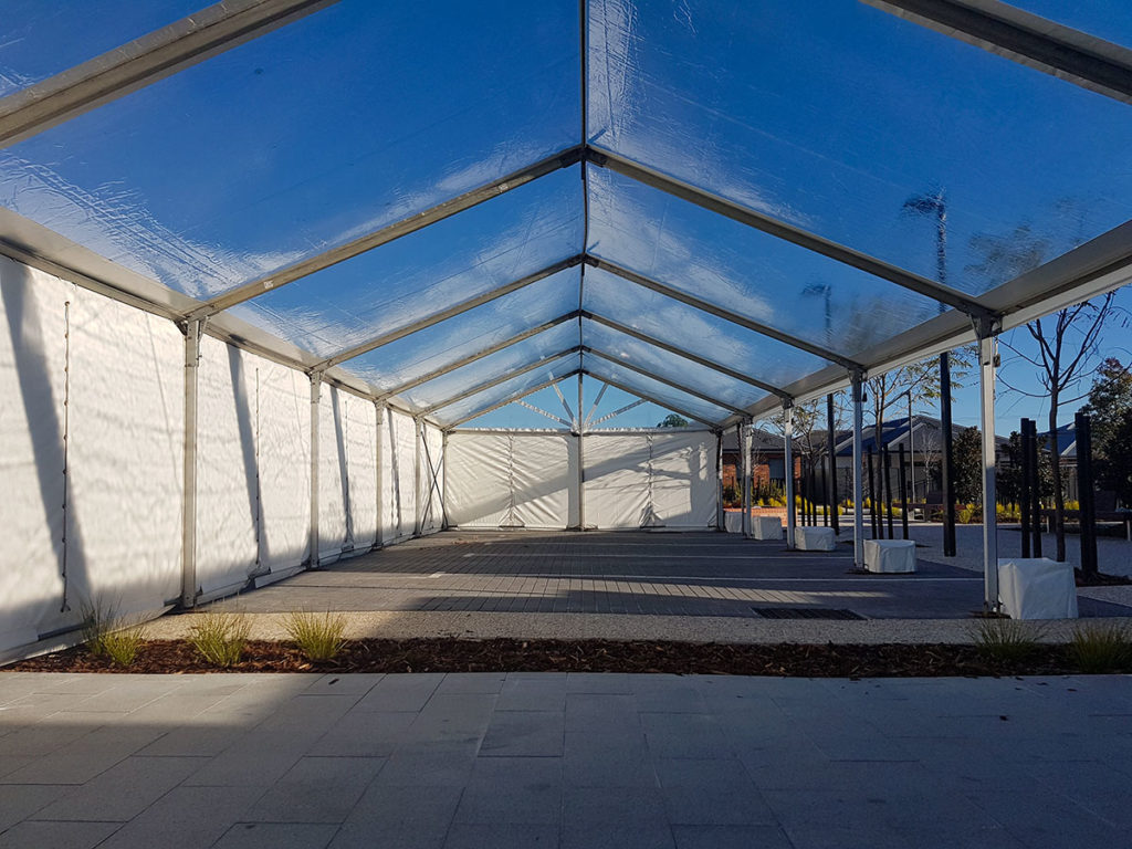 6m-Marquee-Clear-Roof-06