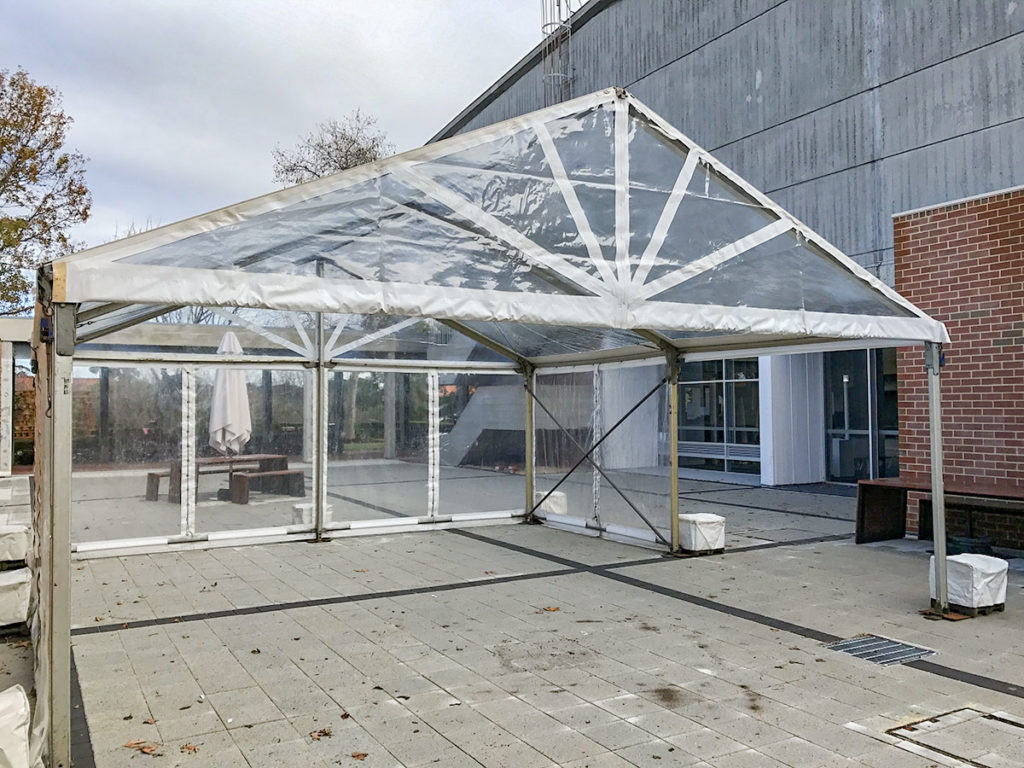 6m-Marquee-Clear-Roof-08