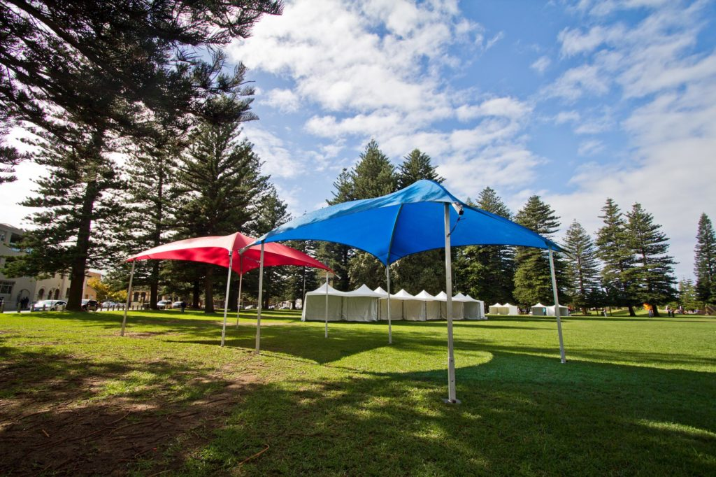 6x6m Shade Domes Red - Blue